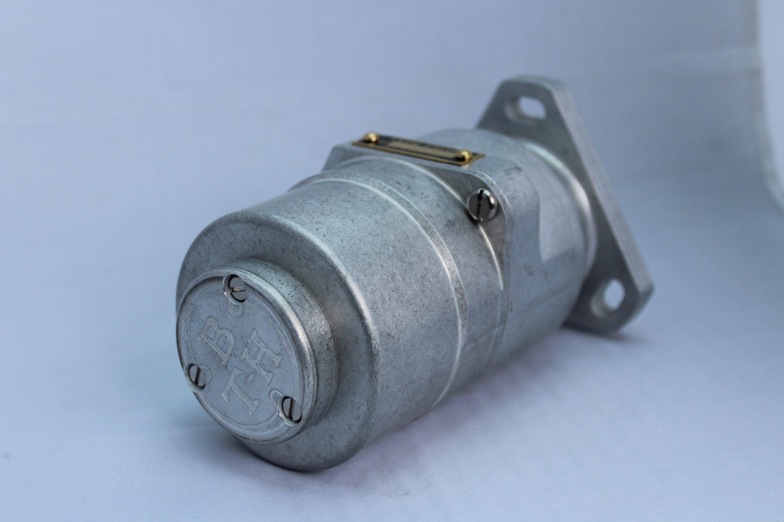 FM1R – Flange Mounted Single Cylinder Regular
