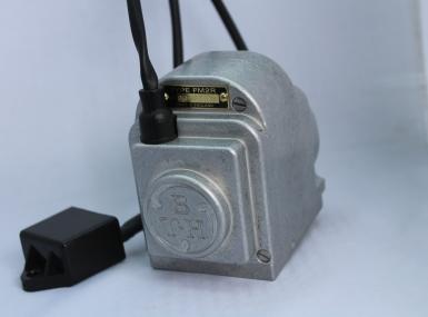 PM1R - Flange mounted Single Cylinder Regular